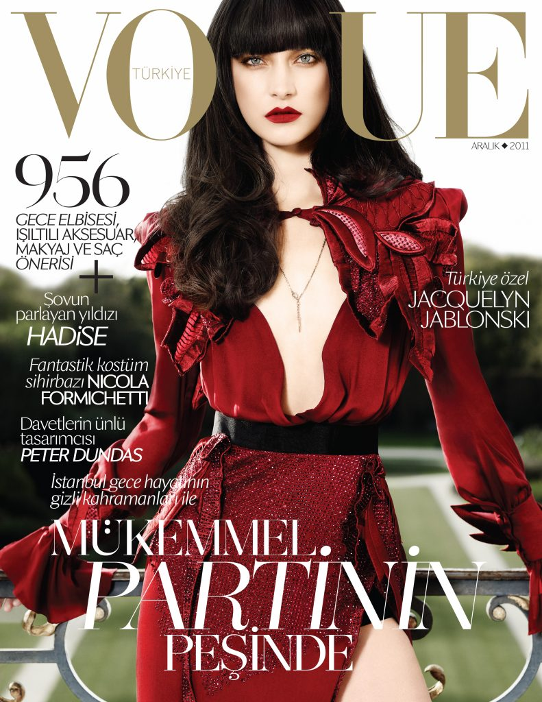 Vogue Turkey - December 2011 - Jacquelyn Jablonski
